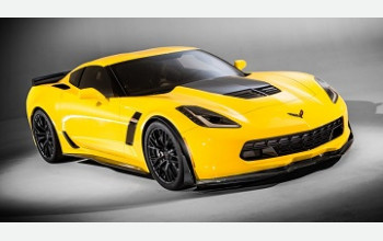 Суперкар Chevrolet Corvette C7 Stingray