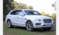 Bentley показала свой внедорожник